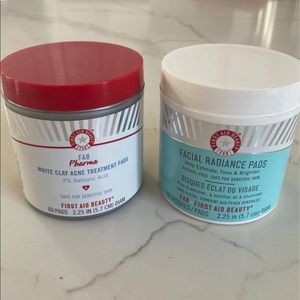First aid beauty toning pads